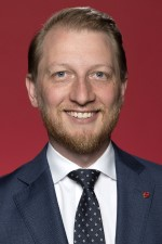 Photo of Senator James Paterson