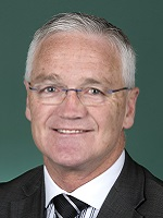 Photo of Hon Damian Drum MP