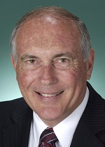 Photo of The Hon Warren Truss MP