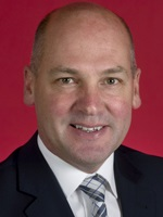 Photo of Senator Stephen Parry